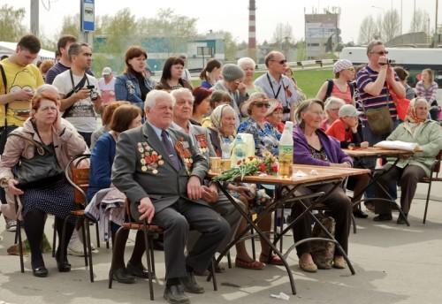 В первых рядах зрителей ветераны войны и труженики тыла
