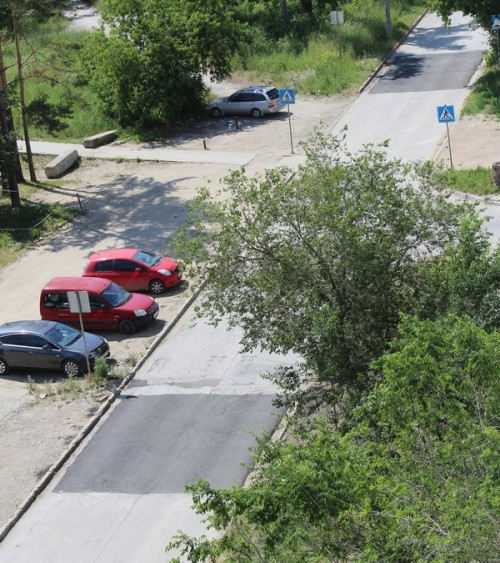 """""""Лежачие"""" полицейские на ул.Тружеников"""